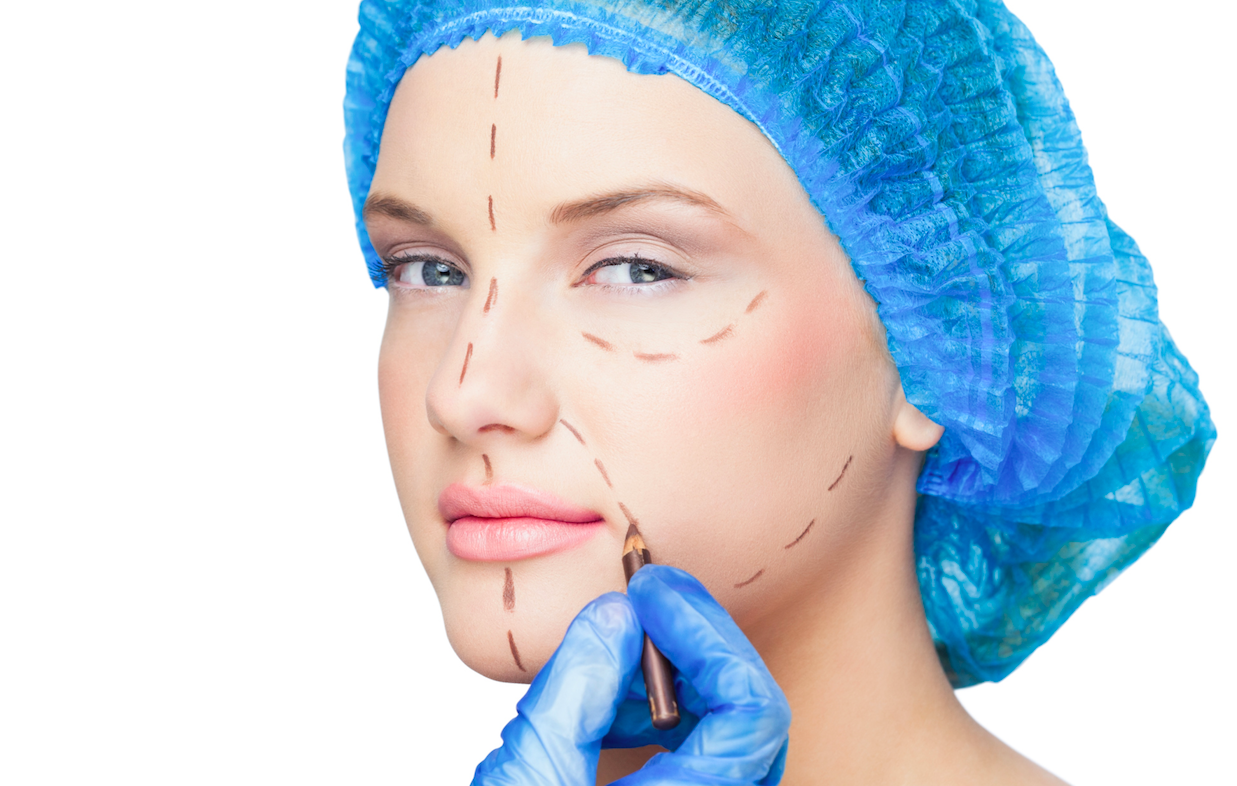 how much earn plastic surgeon